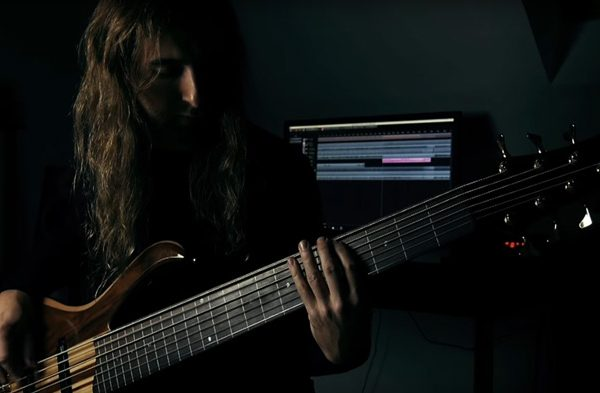 Akroasis Bass Playthrough